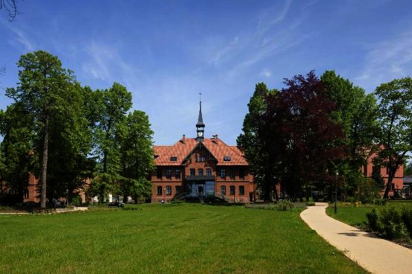 Sächsisches Krankenhaus Altscherbitz